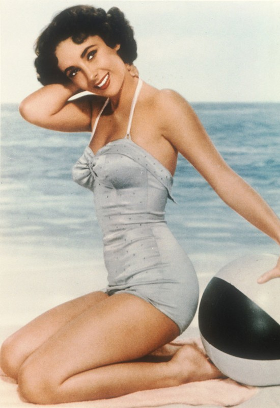 Beach ball Elizabeth Taylor