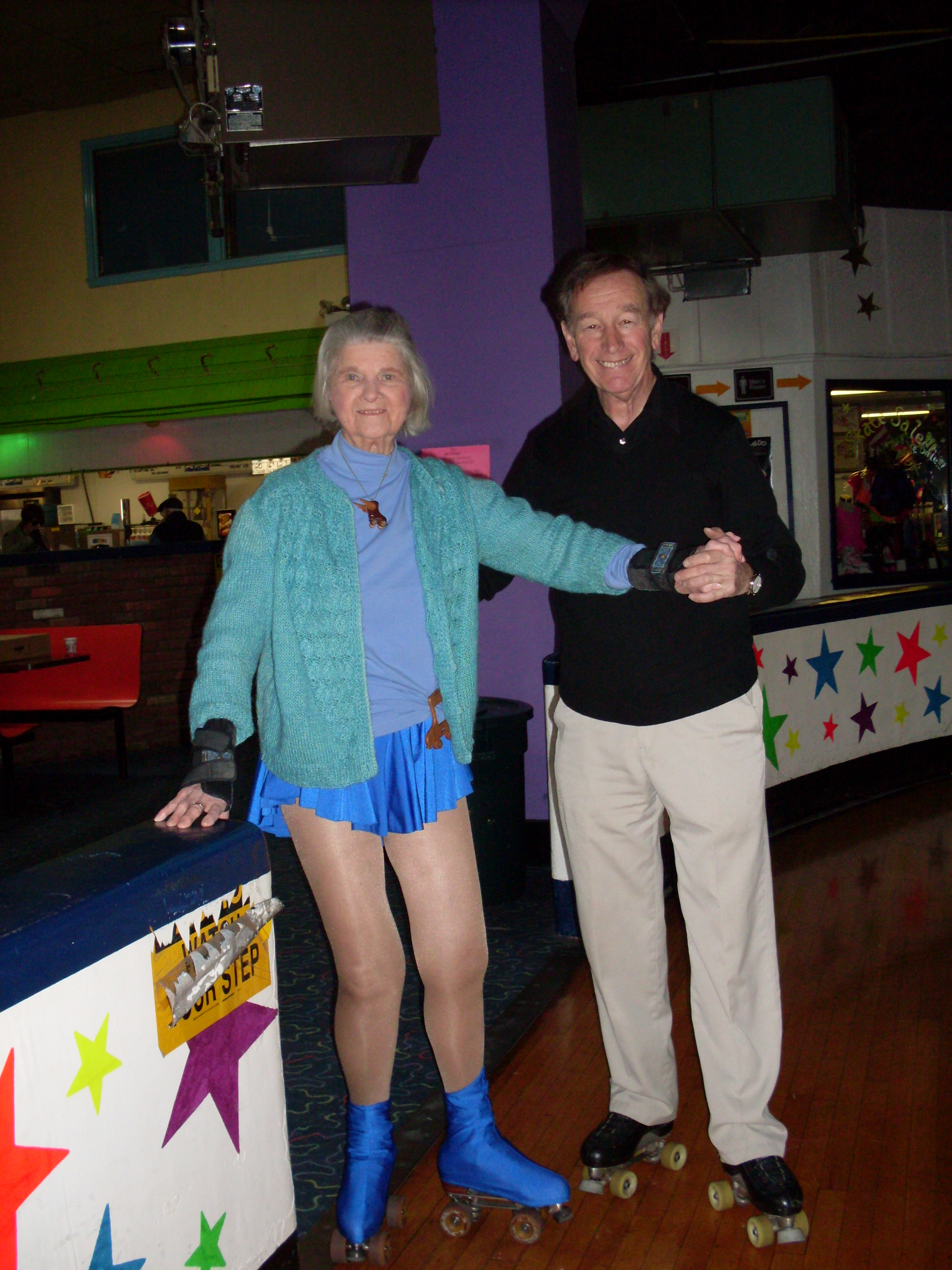 Roller skating rink woodbridge nj - Carrie Calendriello Age 92 And Chester Fried Age 66 Are Inspirations On Roller Skates