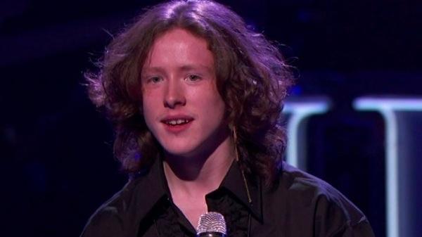 Charlie-Askew-Rocket-Man-American-Idol-12-Top-40-Sudden-Death-01-2013-02-21