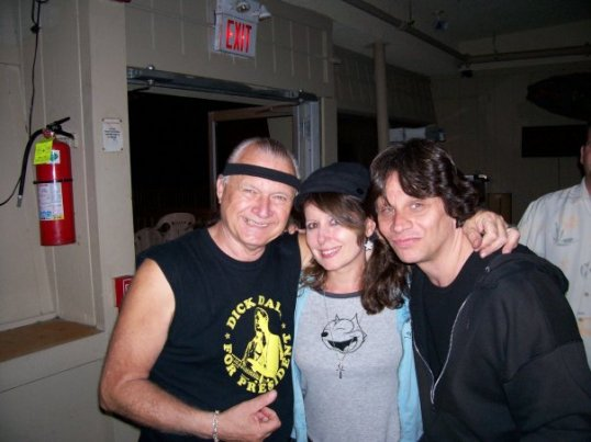 dick-dale-mary-anne-and-dennis-surf-club