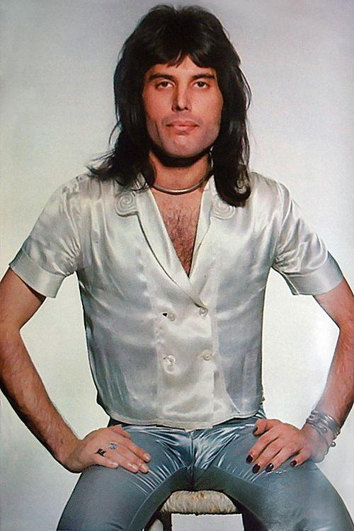 Freddie Mercury - in Retrograde